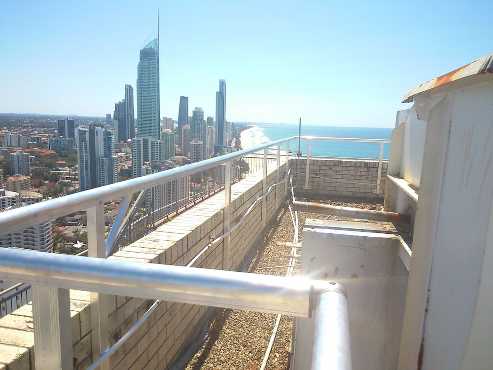 Roof Guard Rail | Safe at Heights