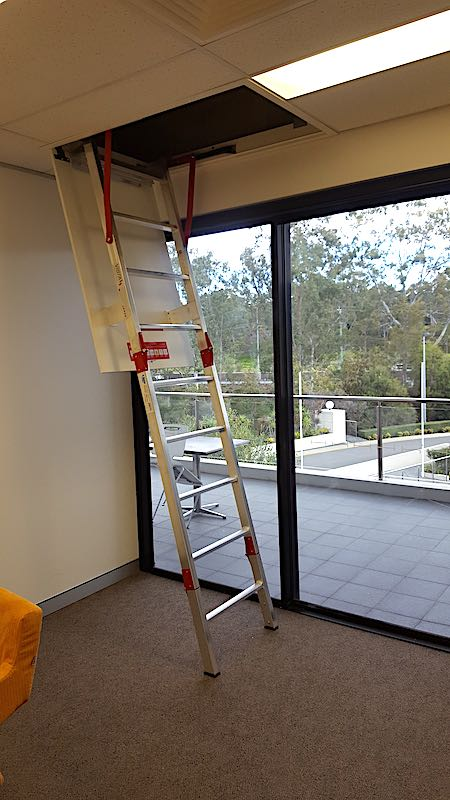 Fold Down Ladders Safe At Heights Queensland 20170712 130157 1